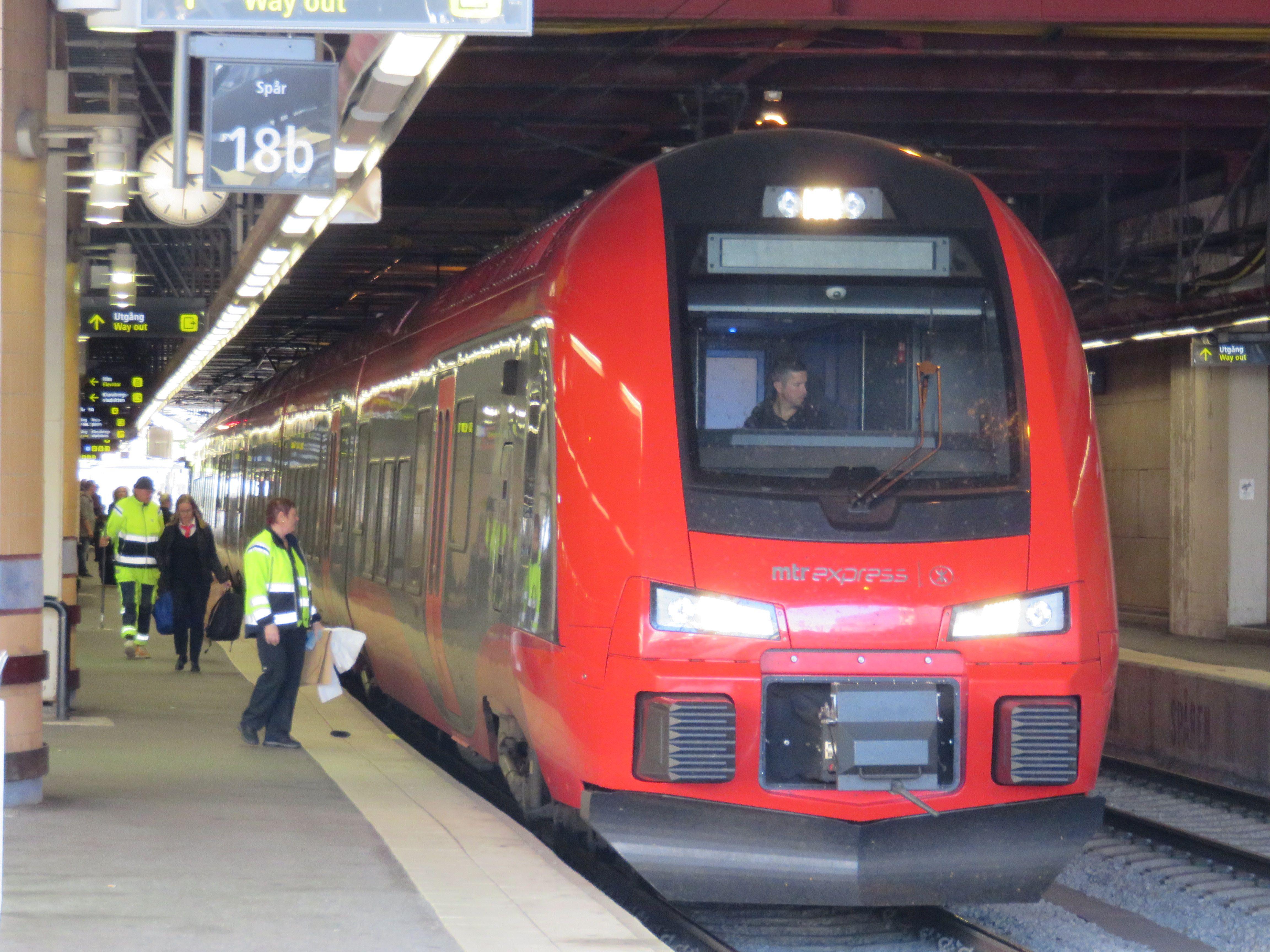 ankommande tåg göteborg mtr